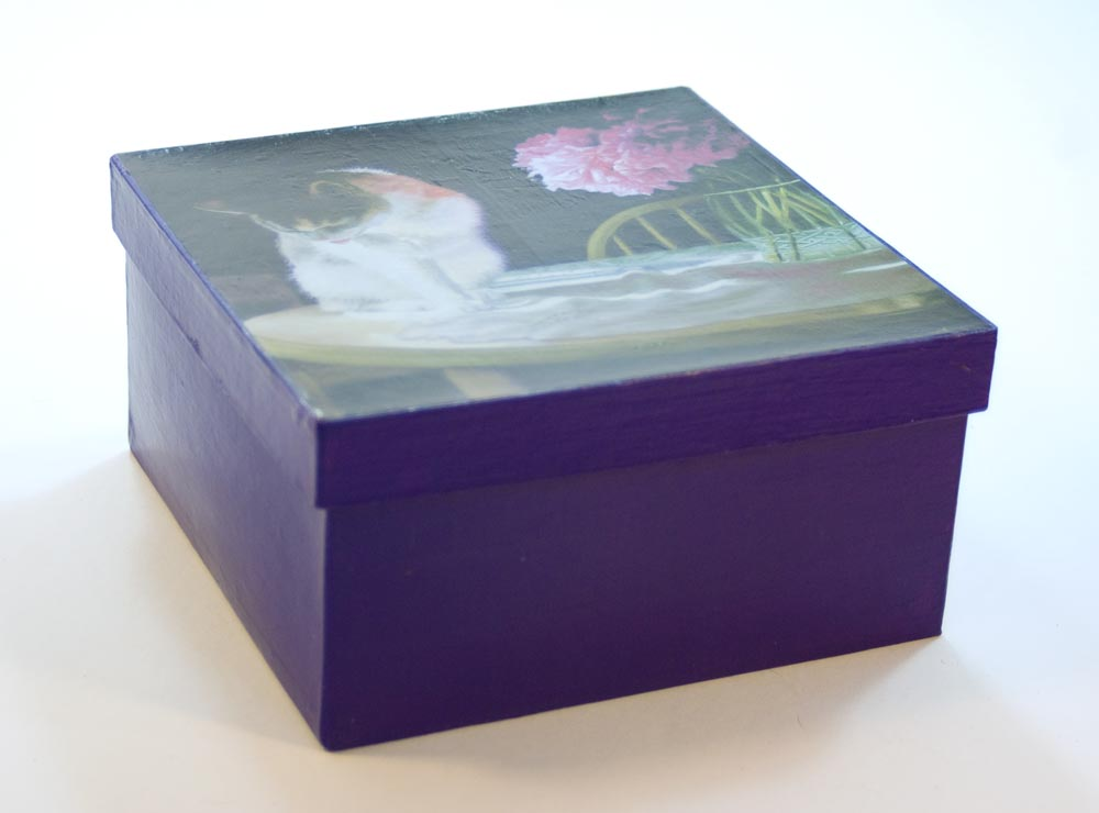 maiche keepsake box with cat