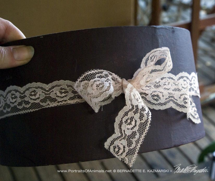 Detail of lace bow.