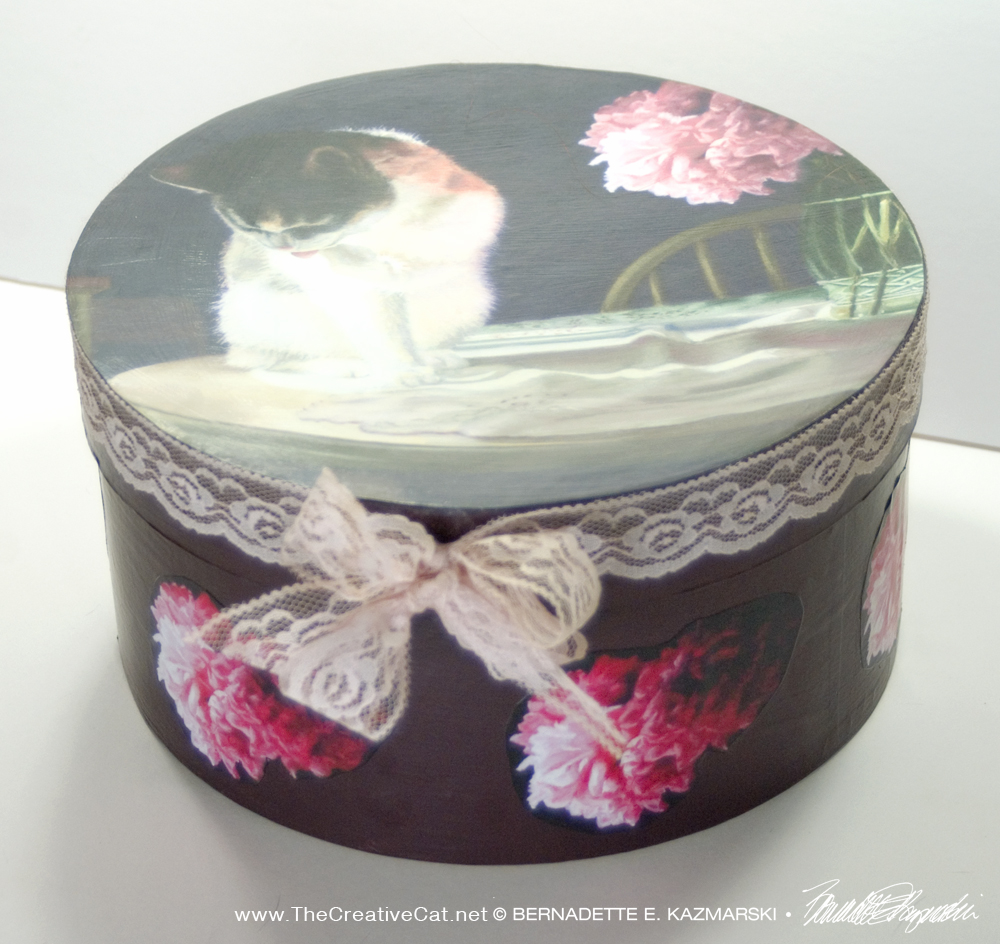 keepsake box with calico cat